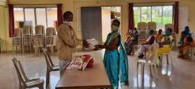 Manpravah-Foundation-food-donation-camp-guhagar-by-dr-sukumar-munje